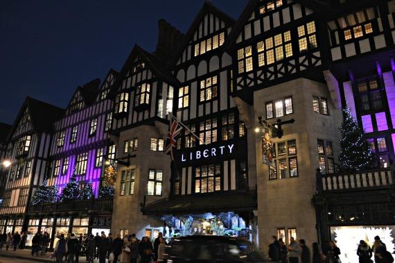liberty-of-london-shopping-christmas