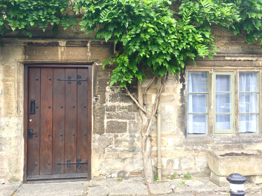 Burford_Cottage
