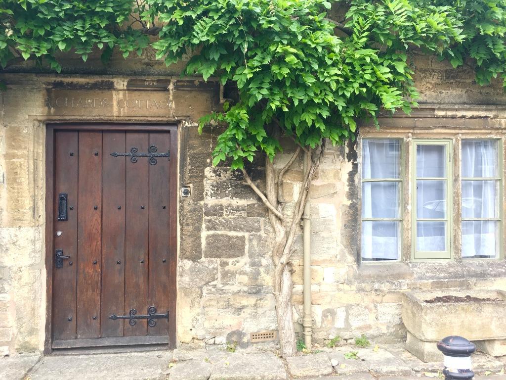 Burford_Cottage