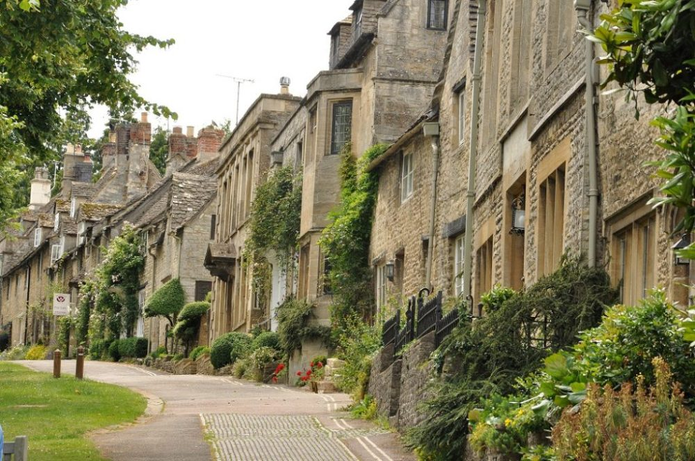 Burford_Houses
