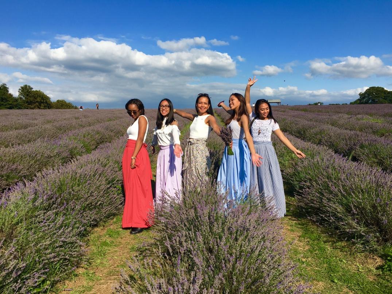 LavenderField_wthegirls.